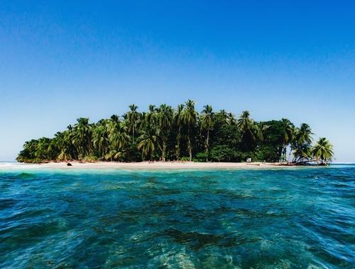 Rosie Bell travel writer portfolio - Private beach resort in Panama - Azul paradise bungalow resort