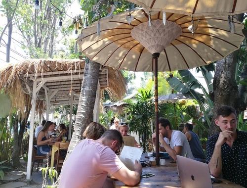 Rosie Bell travel writer portfolio -The hustle juice- digital nomad guide - top 10 digital nomad destinations
